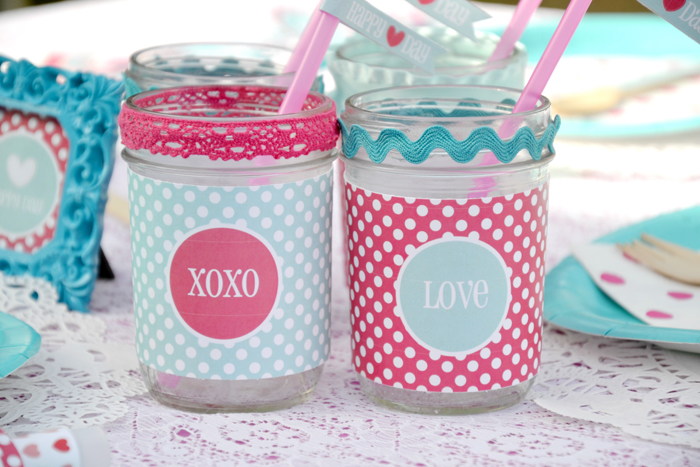 Mason Jars Pink & Turquoise Valentines Day Guest Dessert Feature
