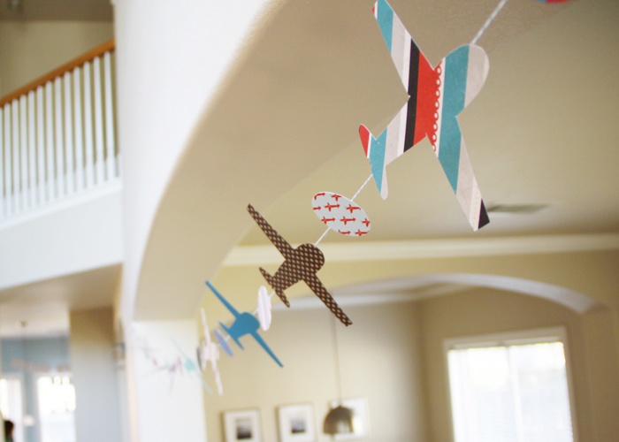 Airplane Bunting Lets Fly Guest Dessert Feature