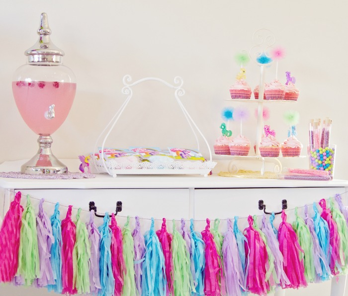 Tassel Garland Colorful Guest Dessert Feature