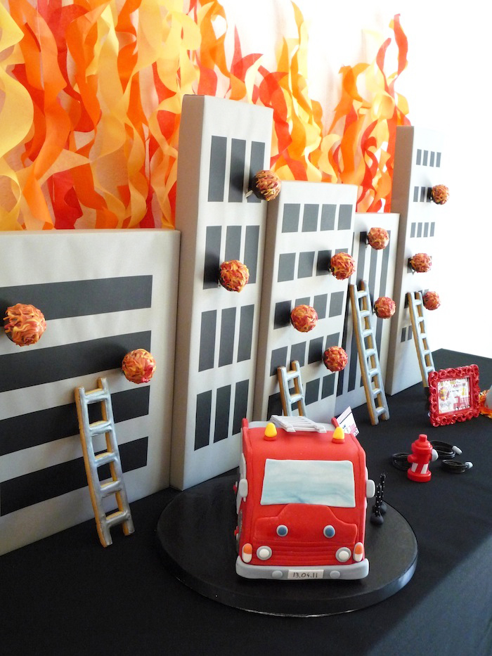 Firetruck Cake Five Alarm Guest Dessert Feature {& Tissue Fire Backdrop Tutorial}