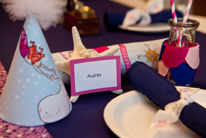 Girls Place Setting Mermaids and Pirates Guest Dessert Feature