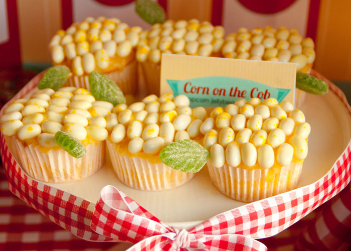 corn on cob Barbecue Bonanza Guest Dessert Feature {July 4th}
