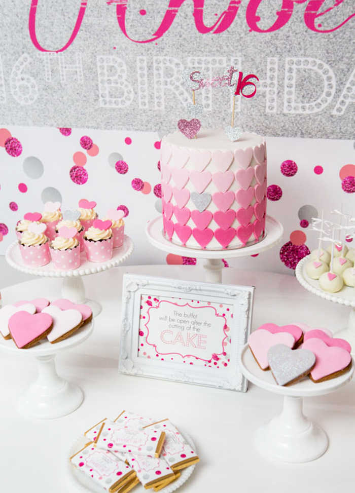 heart-dessert-table