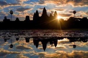 Angkor Wat ユネスコ世界遺産 12世紀前半建立