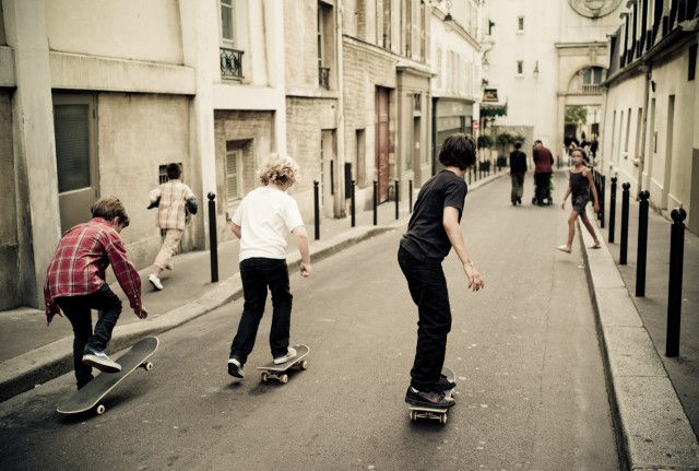 skateboard kids race paris HR