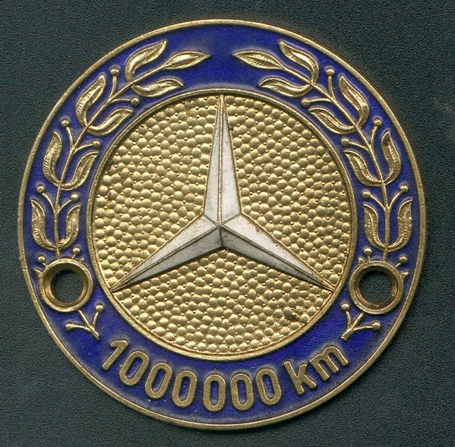 Mercedes million kilometer badge