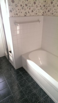 Bathtub refinishing: Pros and Cons