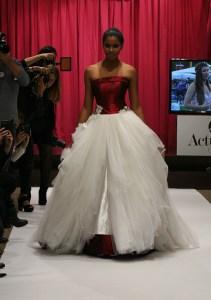 Wedding Dress with Overskirt by Jordi Dalmau / Vestido de Novia con Sobrefalda de Jordi Dalmau