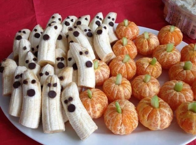banana ghosts and pumpkin oragnes