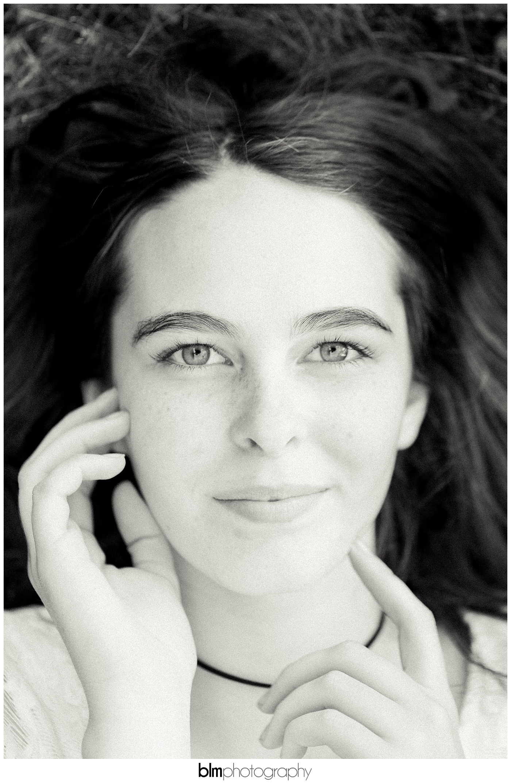 Carly-Cresta_Senior-Portraits_091516-2723.jpg