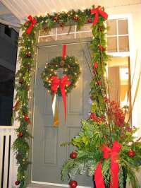 Still Waters--Notes from a Virginia Shire: Christmas Door ...