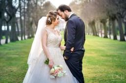 Hochzeitsbilder voller Sinnlichkeit und Liebe in traumhafter Kulisse fotografiert der Hochzeitsfotograf in der Orangerie Nuernberg.