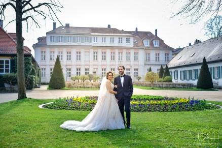Ganz besondere, schoene und moderne Hochzeitsbilder mit dem gewissen Etwas macht der Hochzeitsfotograf aus Nuernberg.