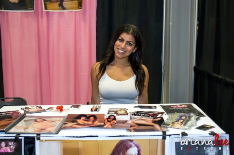 Briana Lee Extreme - Exxxotica New Jersey 2014!