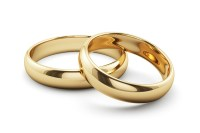 Should You Buy a 19K Gold Wedding Ring for Her?