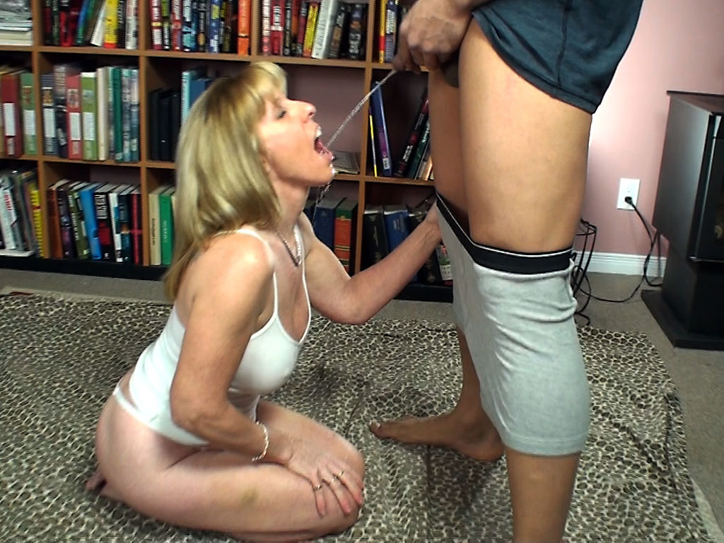 image Real kinky blowjob first time they break