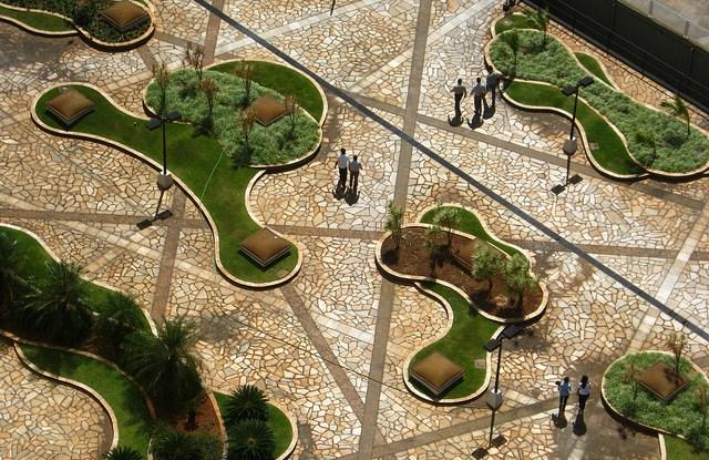 Jardín urbano, Brasil. Fotografía cortesía de Julio B/flickr.