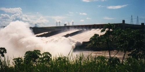 80 persen konsumsi energi listrik berasal dari pembangkit tenaga air. David Holt