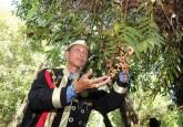 Abang Muhammad Walidad, masyarakat adat Selimbau, Kalimantan Barat. Anggota masyarakat hutan sepertinya dapat membantu menekan emisi karbon, seperti ditunjukkan begitu banyak penelitian – jika mereka diberi hak legal terhadap hutan.  Photo @CIFOR
