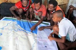 Adanya perbedaan metode, definisi, kelengkapan dan verifikasi lapangan mengarah pada perbedaan hasil data tutupan hutan. Mokhammad Edliadi/CIFOR