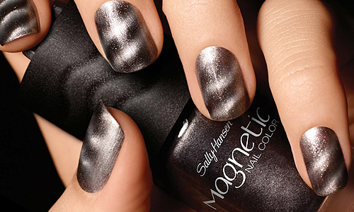 Sally Hansen Magnetic Nail Color in Graphite Gravity