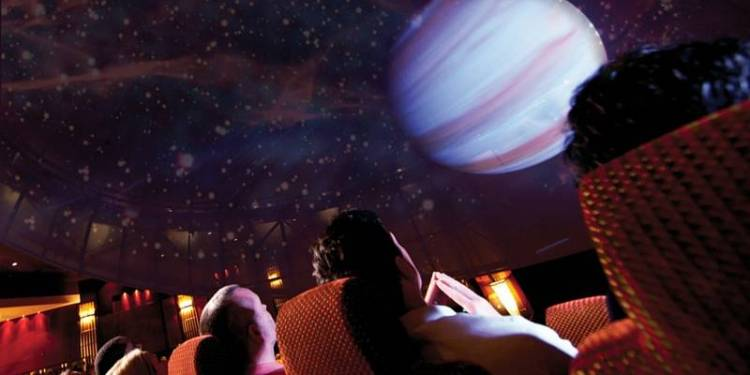 Cunard Queen Mary 2 Planetarium