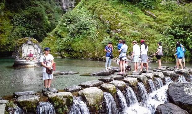 Stream and pool Mt Cangshan Dali