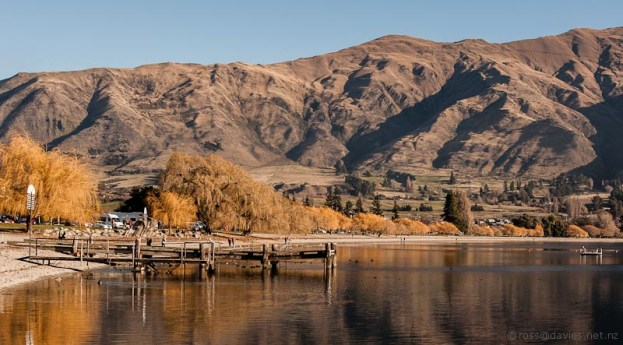 Lake Wanaka waterfront