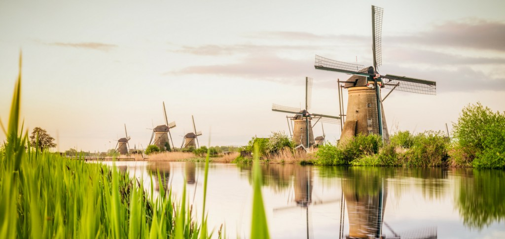 Kinderdijk - 1900x900