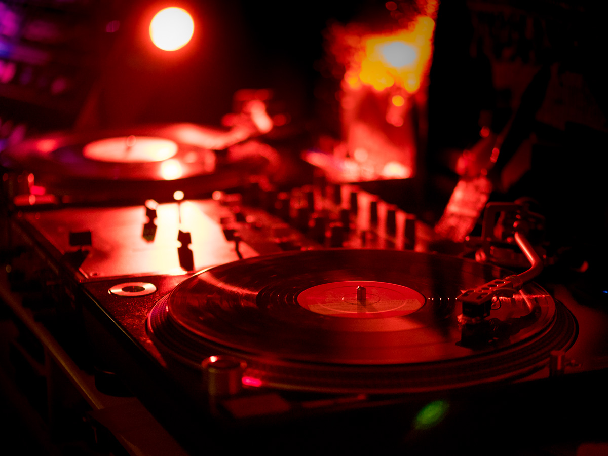 Bad Dj Set Discogs Set Ups Check Out Our Turntables And Audio Gear Discogs
