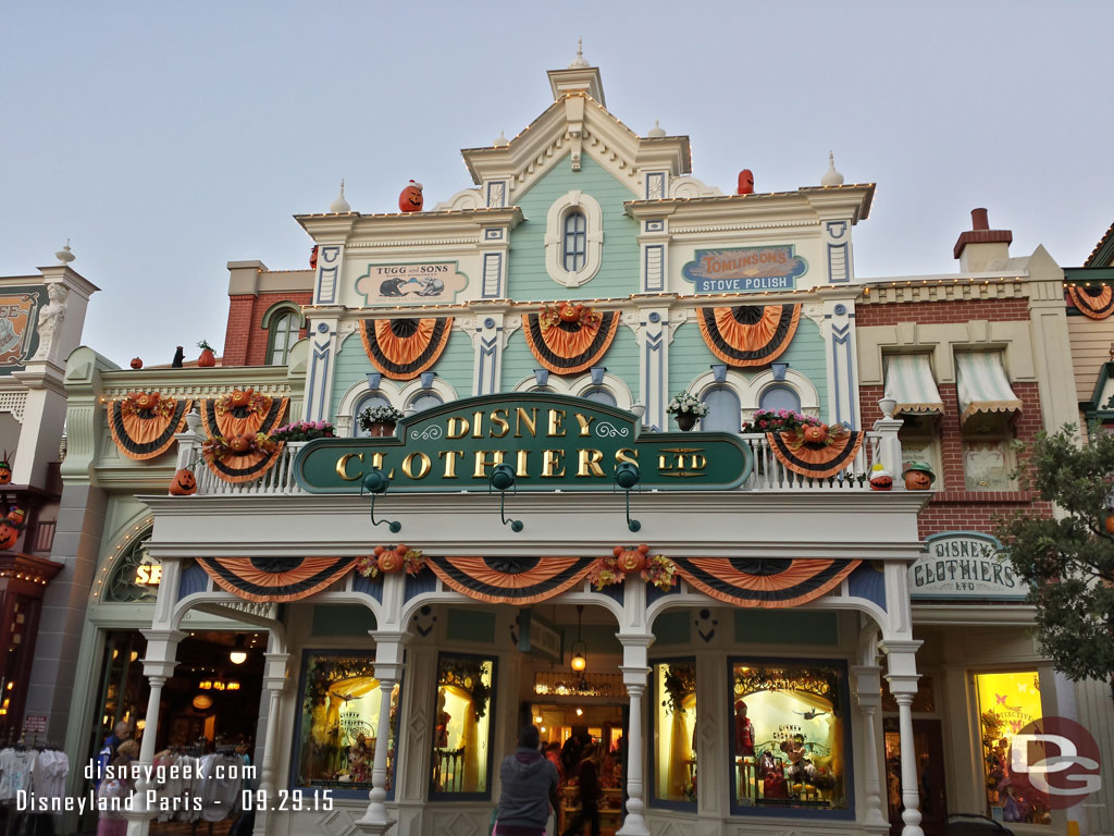 Fall Wallpaper With Pumpkins Disneyland Paris Main Street Pumpkins 2015 Pictures The