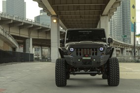 starwood-motors-2014-jeep-wrangler-nighthawk-nighthawk10