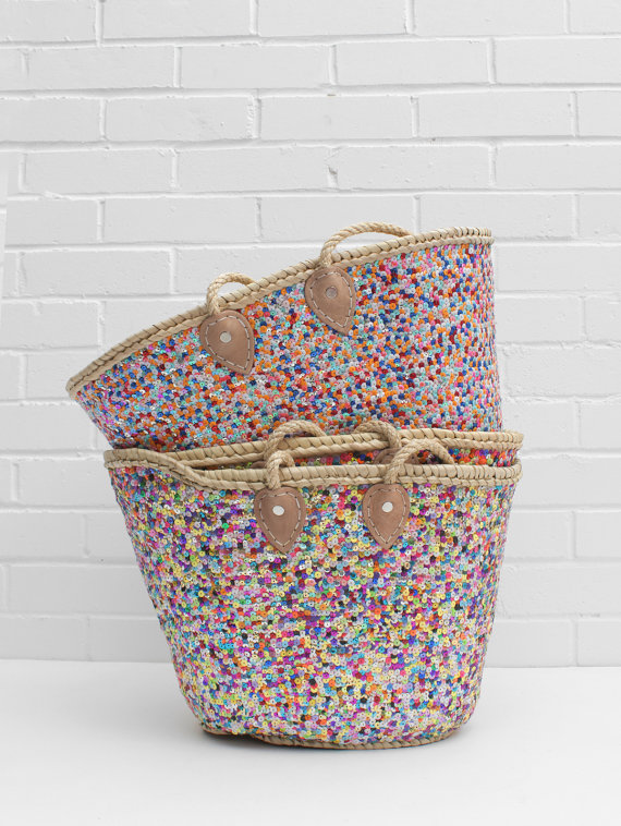 straw baskets with handles and sequins