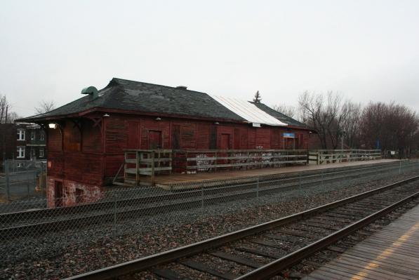 LaSalle train station building