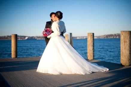 11Flora-Nova-Design-Christmas-wedding-seattle