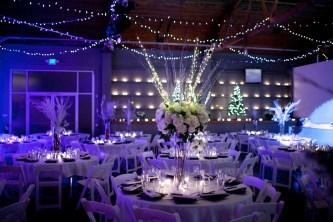 19Flora-Nova-Design-Christmas-wedding-seattle