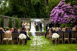 17Flora-Nova-Design-elegant-outdoor-wedding-seattle