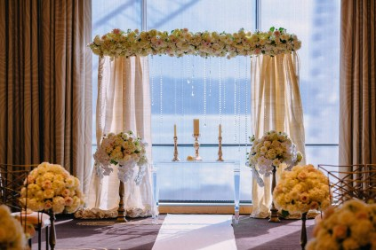 19Flora-Nova-Design-luxury-Four-Seasons-wedding