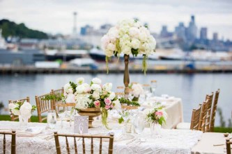 23Flora-Nova-Design-elegant-outdoor-wedding-seattle
