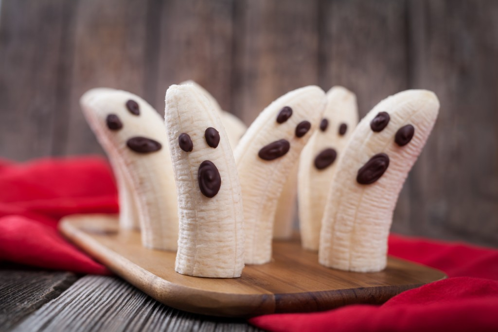 Last minute Halloween ideas to keep your community engaged