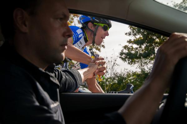 enrico poitschke blaz jarc muensterland giro 2013 teamauto verpflegung radrennen