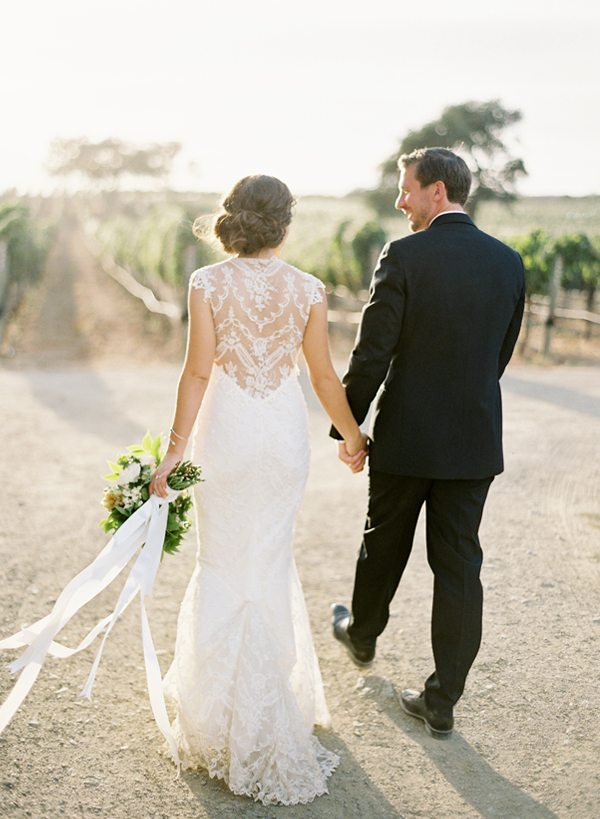 Joli mariage nature happy chantilly for Feuille de piano robe de mariage