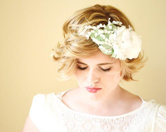 Couronnes de fleurs hazel faire happy chantilly - Faire une couronne de fleurs ...