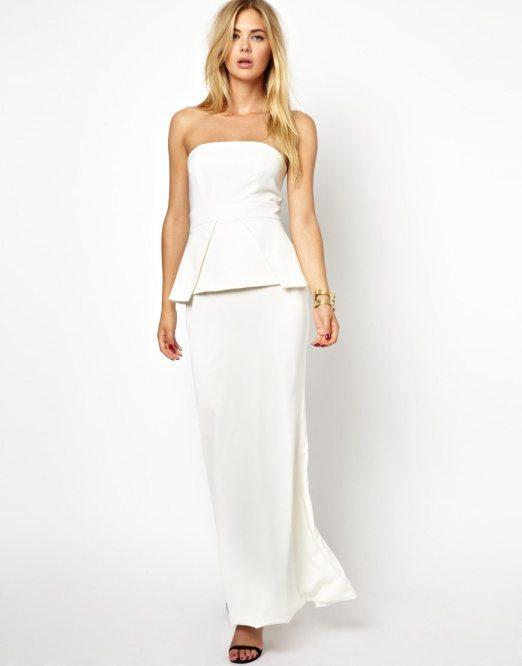 Robe du dimanche de jolies petites robes blanches happy for Quand les robes de mariage seront elles en vente
