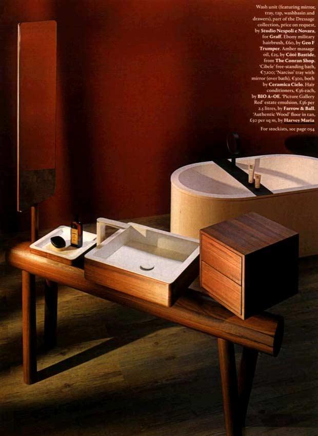 Wood look floor in bathroom - wallpaper mag