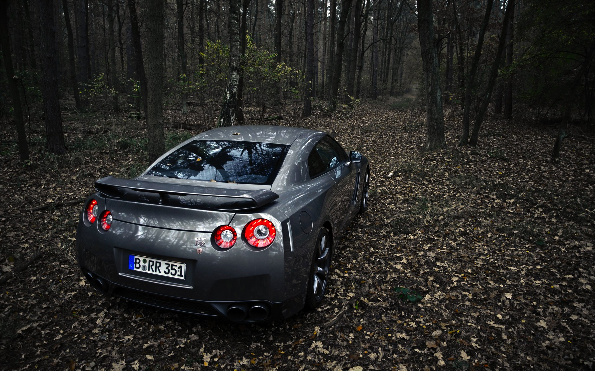 Complete Black Wallpaper 30 Awesome Nissan Gtr Wallpapers