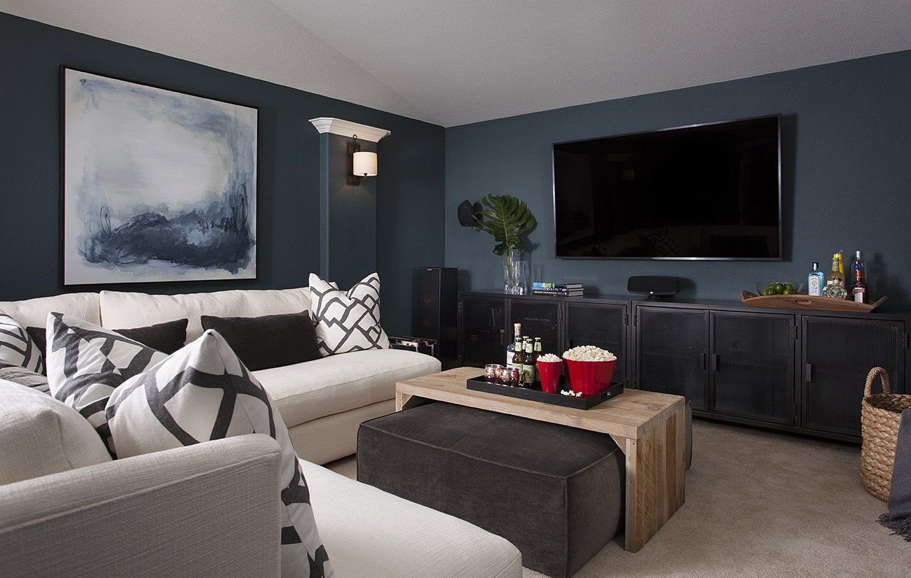 BEFORE & AFTER: COZY MEDIA ROOM