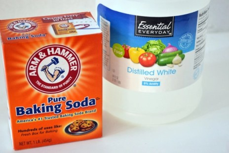 Baking-Soda-Vinegar