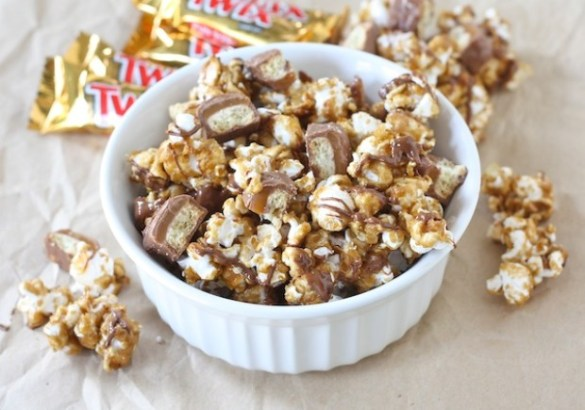 twix-caramel-popcorn