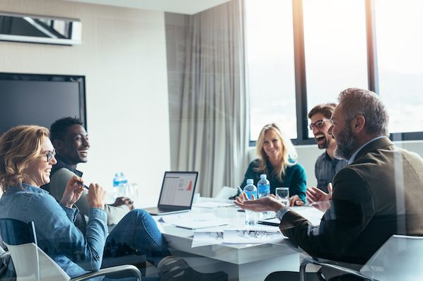 how to keep minutes in a meeting